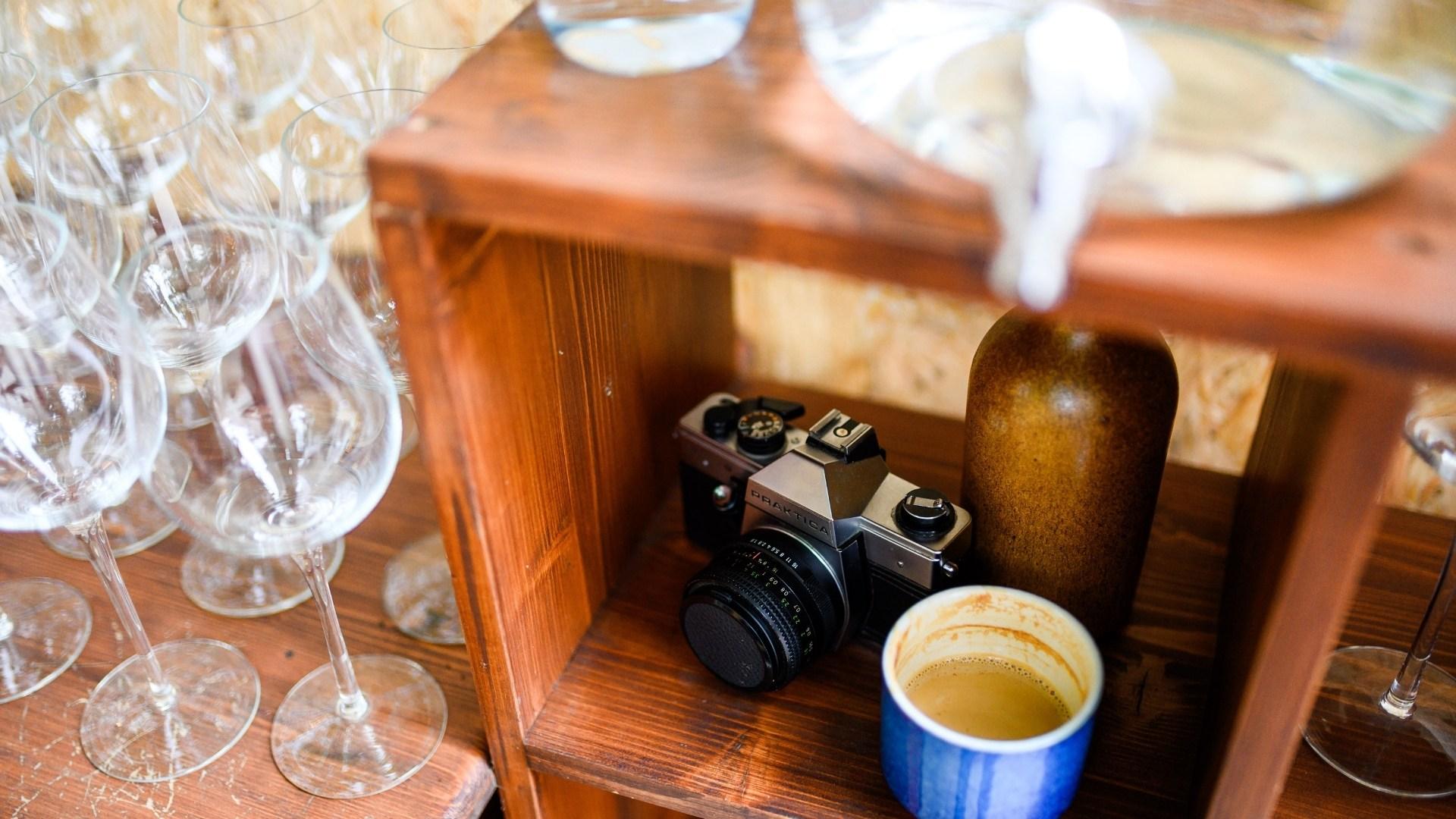 Jassyro Patio Copou - Specialty Coffee & Wine (26)